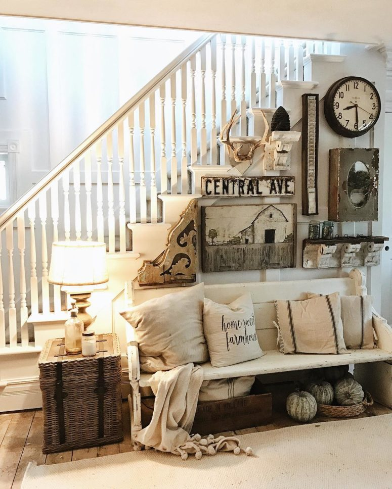 Farmhouse Living Room Idea for Small Living Room