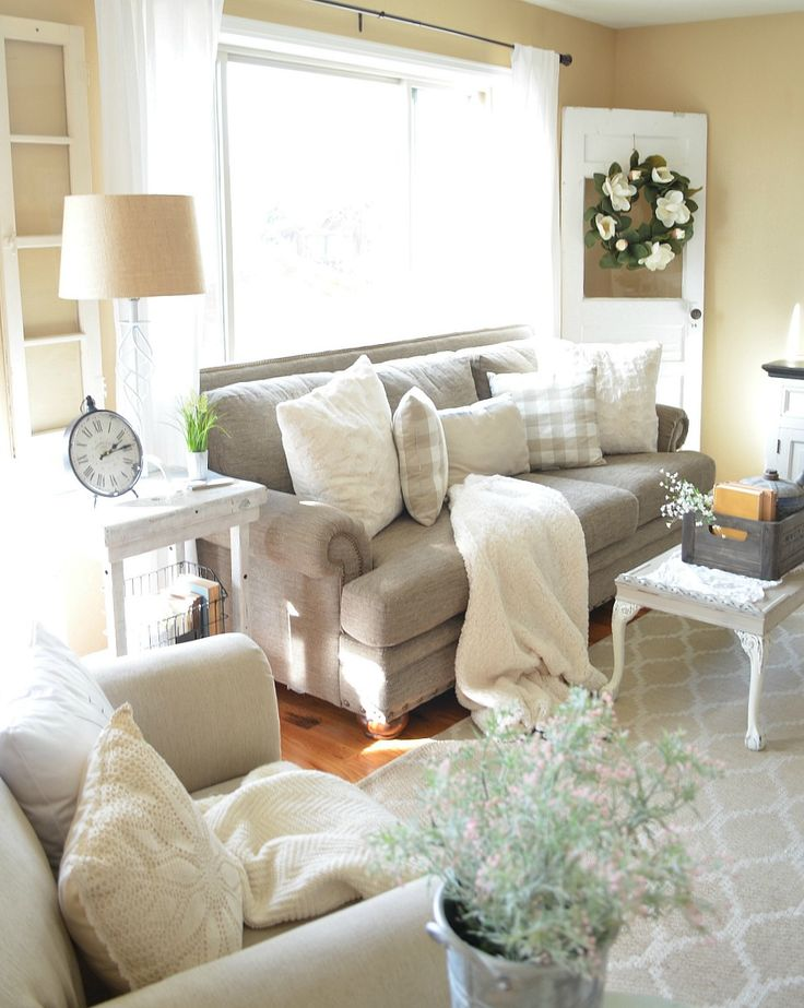 Farmhouse Living Room Accessories