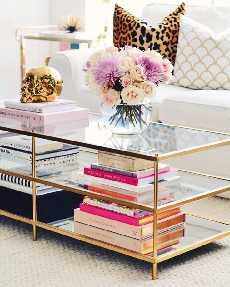Sprucing Up Your Living Room With Coffee Table Decor Ideas