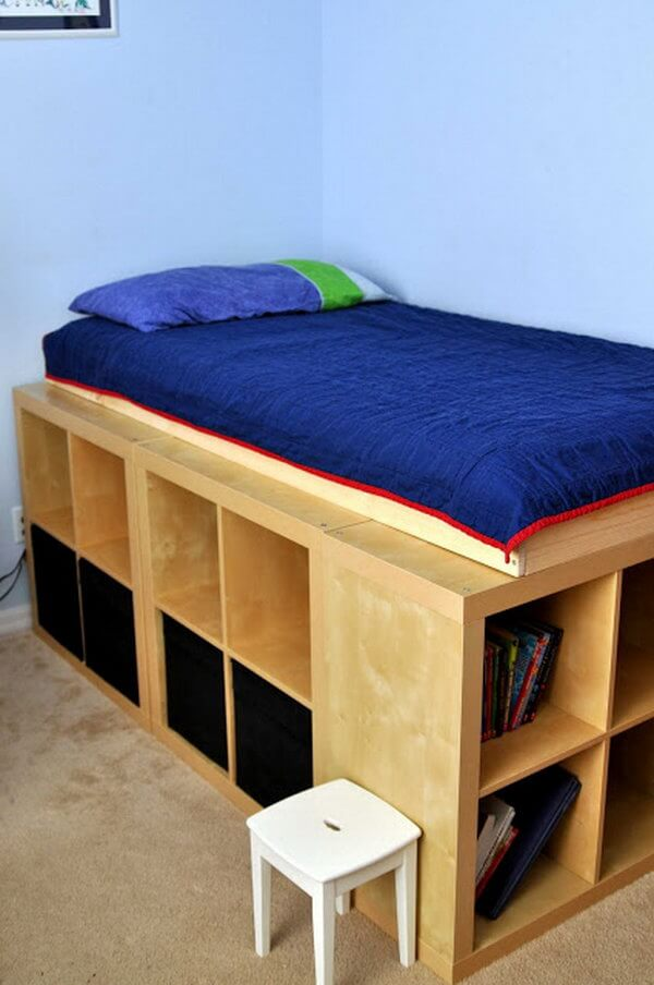 Cool Bed Frame for a Book Worm