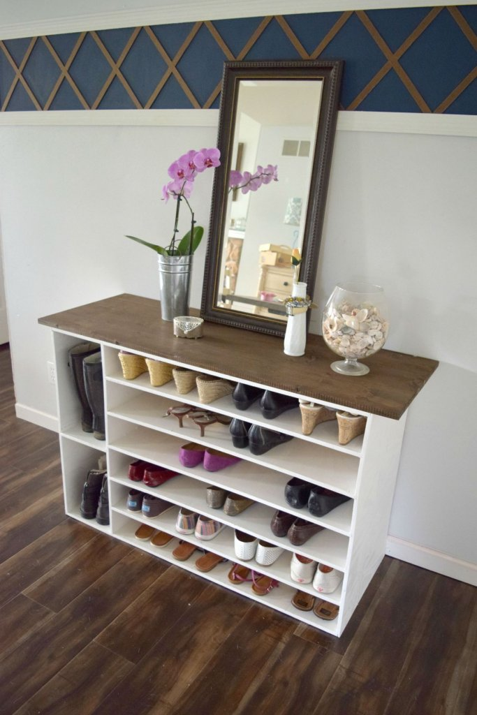 Feminine Shoe Storage Rack