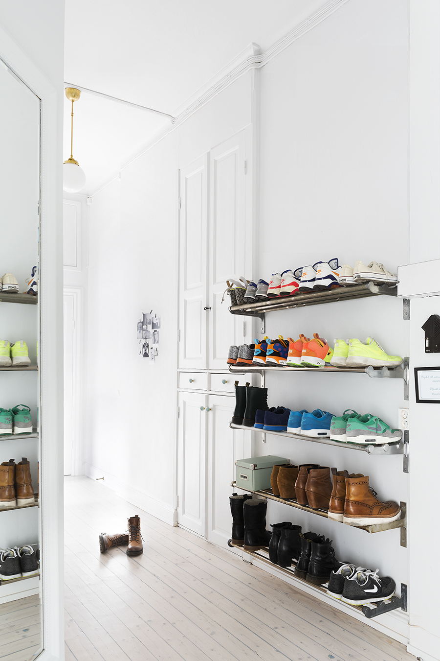 Metal Wall Shoe Rack