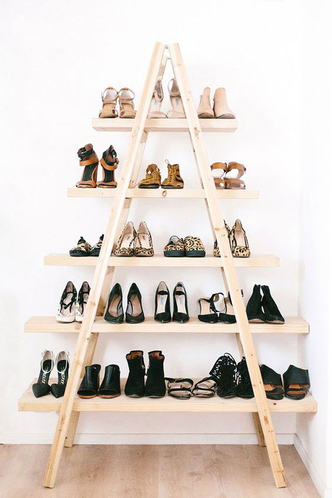 Ladder Shoe Storage