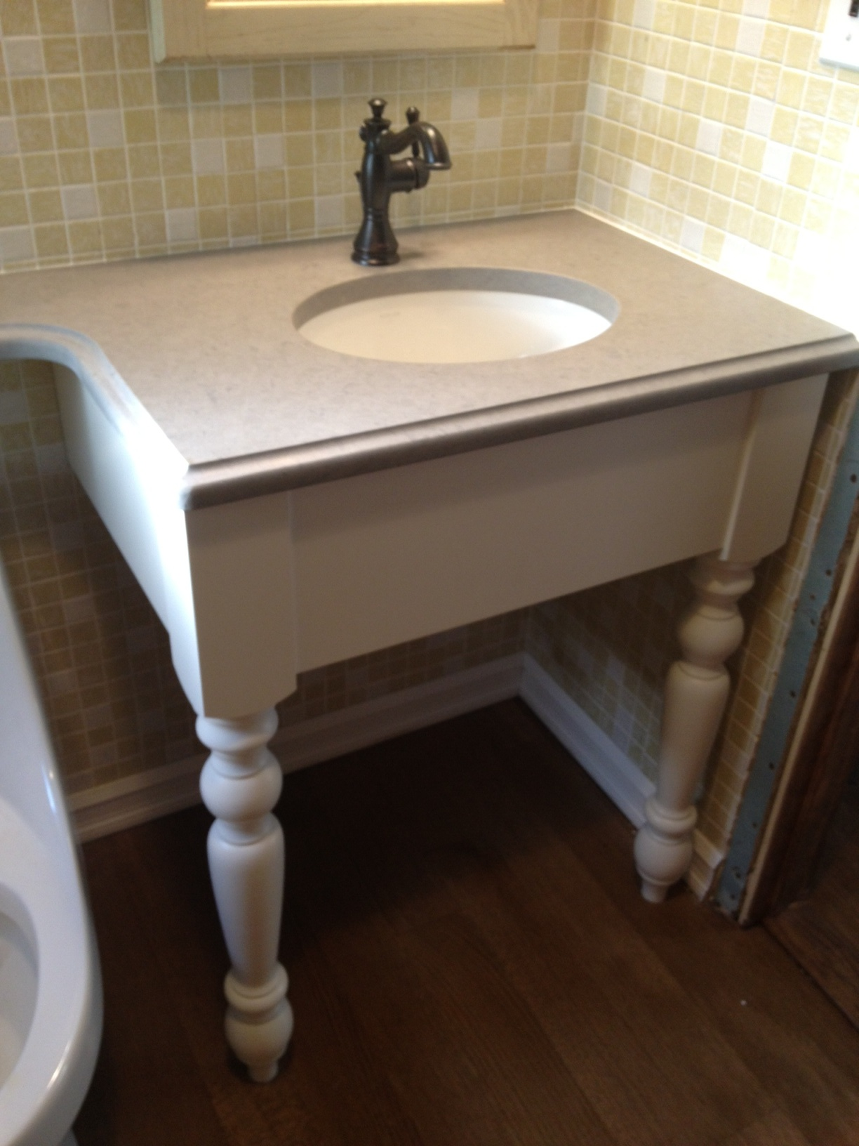 Bathroom Vanity With Legs
