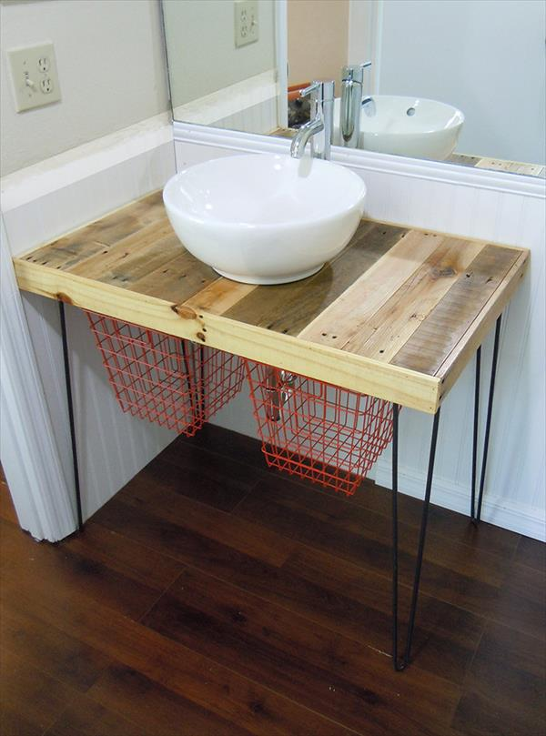 Simple and Cheap Wooden Vanity