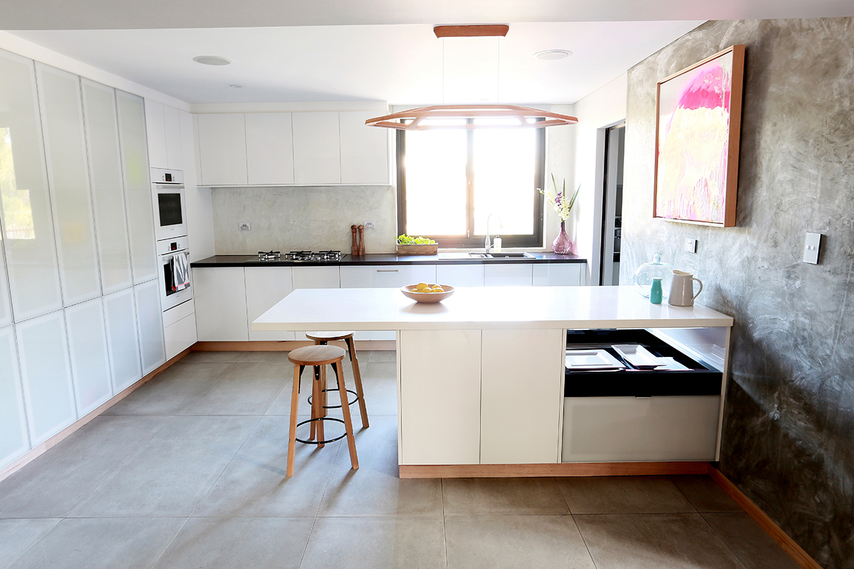 Simple Kitchen Island for Simple Personality